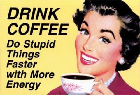Koffieplant uit koffiekopje